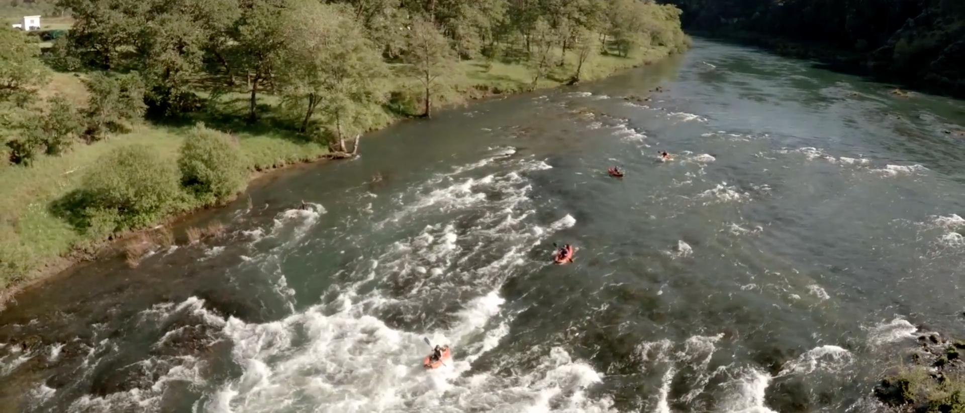 Students kayaking on the Willamette River.